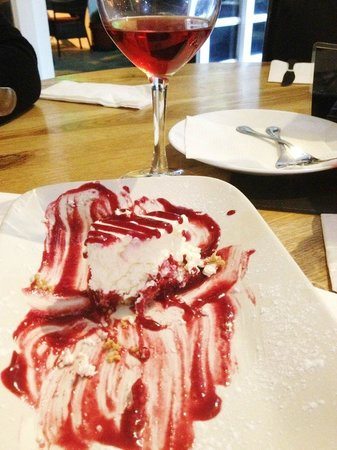 Woodleys Bar : Cheescake.Meant to take a photo before I ate it, but forgot - sorry