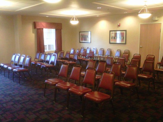 Best Western Windsor Inn & Suites: Meeting Space: The Windsor Room