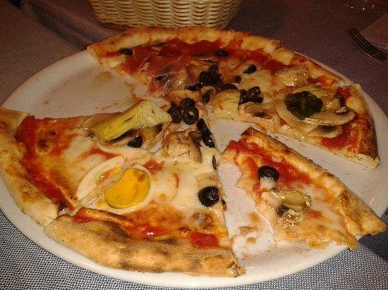 La Gallina Bianca : Пицца