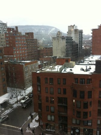Hilton Garden Inn Montreal Centre-ville: View from room 922