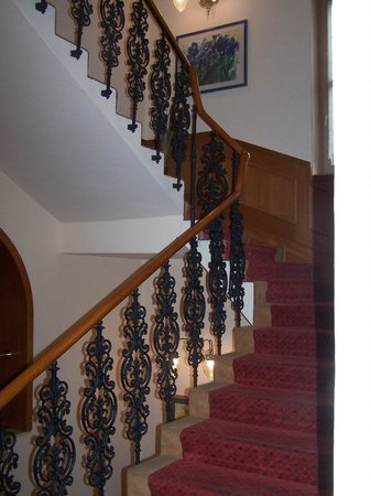 Opera : I liked the staircase, fit in with the decor