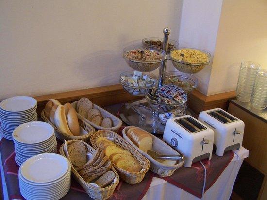 Opera : more breakfast, all self serve.