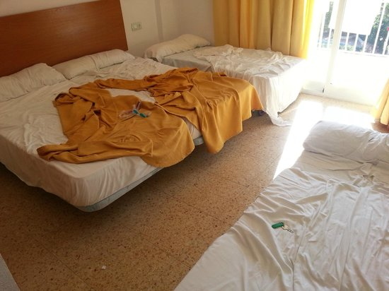 Gala Placidia Hotel: twin room with two camp beds squashed in for the kids