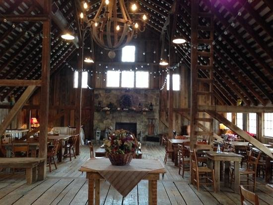 The Barns at Hamilton Station Vineyards: inside the barn--facing away from the tasting bar