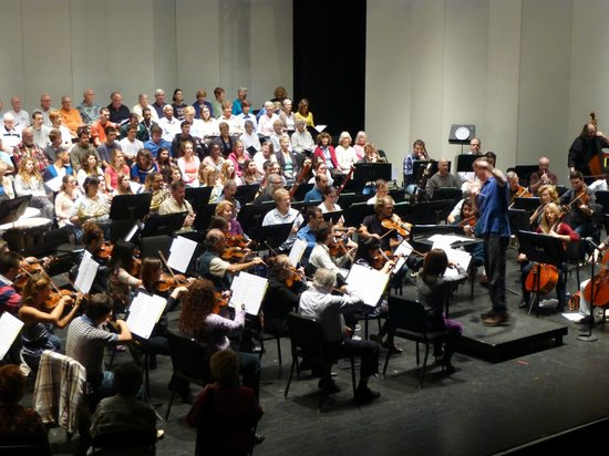 Southwest Florida Symphony: A rehearsal with Symphonic Chorale