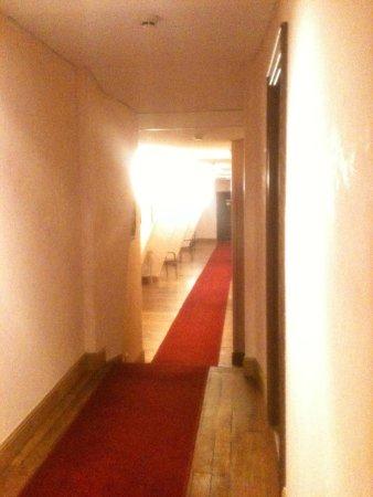 Hotel des Prelats : Couloir etage 3