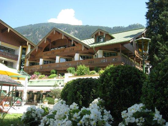 Alpendomizil Neuhaus: hotel