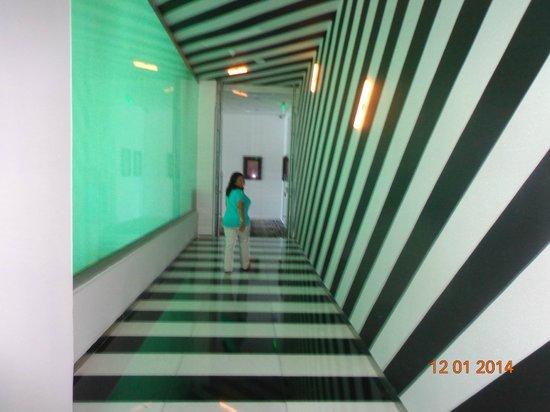 Hard Rock Hotel Panama Megapolis: Corredor.