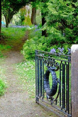 The Anglers Return: Gate to garden walk