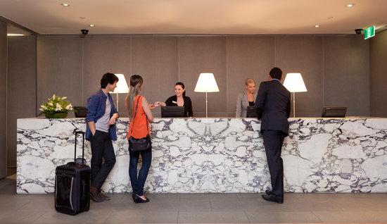 Rydges Melbourne Hotel: Rydges Melbourne Lobby