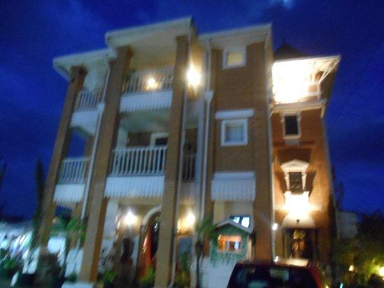 Les 3 Metis Antananarivo : Belle bâtisse dans toute sa splendeur