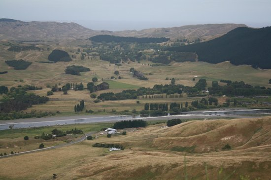 Absolute de Tours: View from the Te Mata Peak