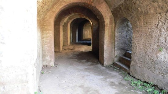 Pompeji: Katakomben im Amphitheater