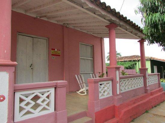 """""""Casa colonial Dany y Carlos """": Hogar"""