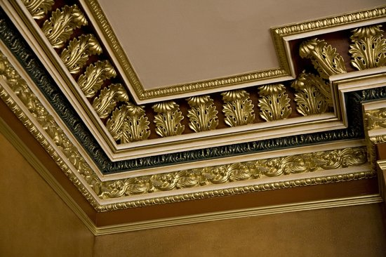 Mansion Hill Inn : Crown Molding