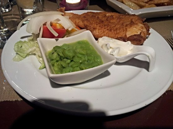 Two Palms Restaurant: The Best Fish n Chips in Benidorm??