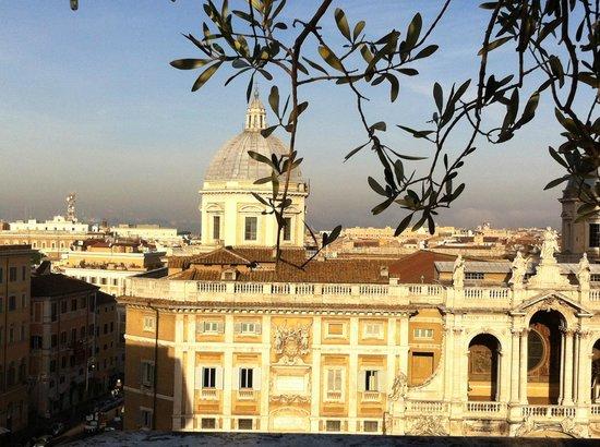 La Terrazza Dei Papi: rooftop view