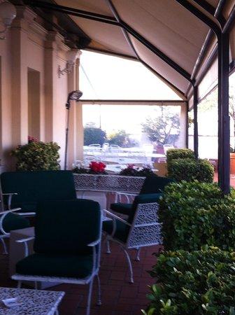 La Terrazza Dei Papi: outside terrace