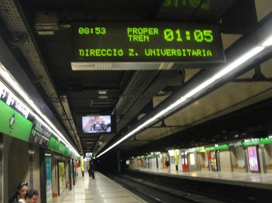 Hotel Front Maritim: Estação de metrô mais próxima
