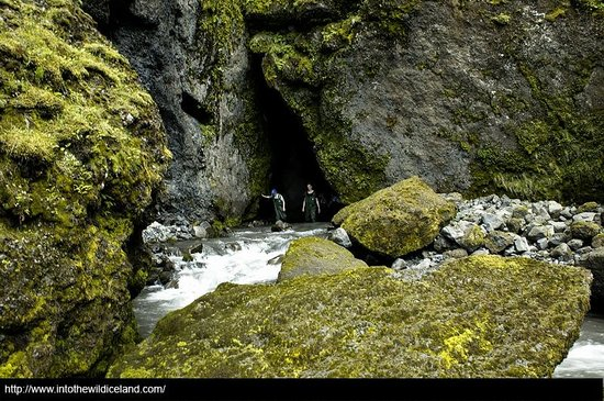 Into The Wild: On the way to Thorsmork (Þórsmörk)
