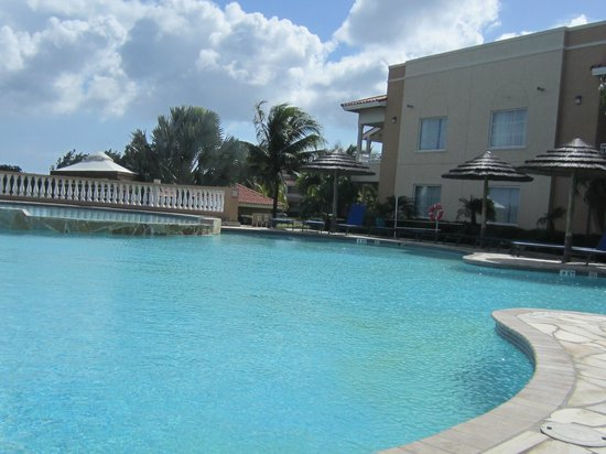 Divi Village Golf and Beach Resort: Quiet pool.