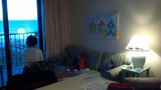 Atlantic Towers : Living room 312