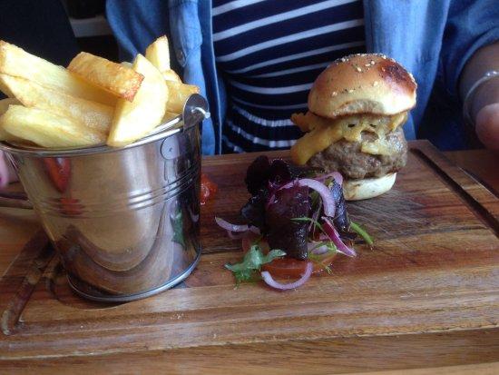 Munch of Mumbles: Great burger