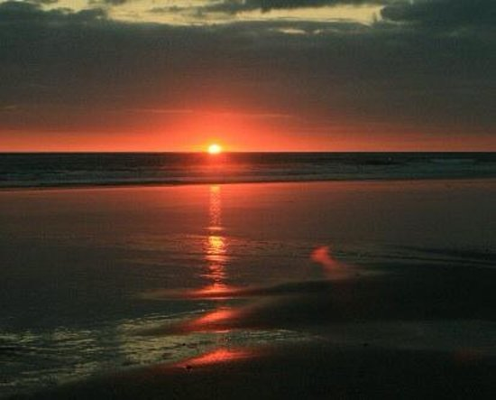 Tralee, Irlanda: Sunset at Banna