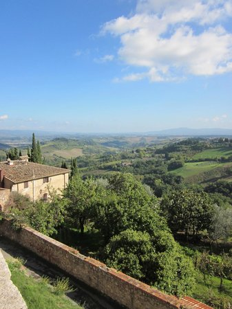 Walkabout Florence Tours: A view from San Gimignano