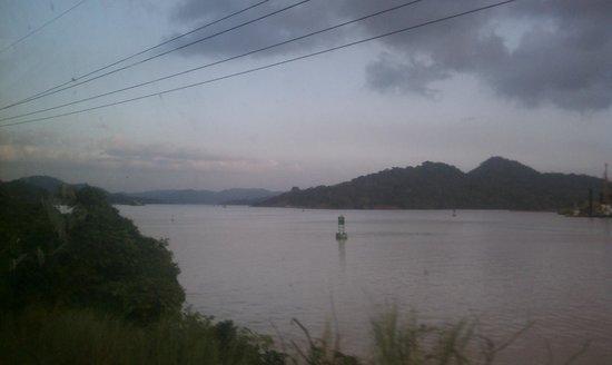 Mucho Gusto Panama Day Tours: Lake Gatún, Panama Canal