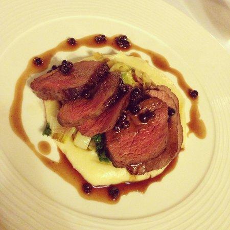 Yalbury Cottage: Fabulous venison dish