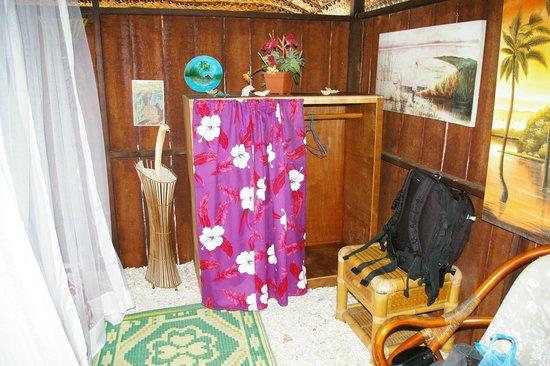Pension Nahe Toe Toe: inside the bungalow on the water