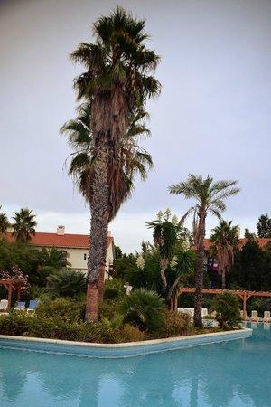 PortAventura Hotel El Paso : Hotel grounds