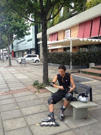 Hotel B3 Virrey: Preparing for a skate along Bogota's Sunday Ciclovía (Cycling Route)
