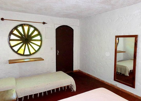Hotel Cribe: habitacion inferior