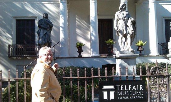 Telfair Museums Telfair Academy : Front of Telfair Academy