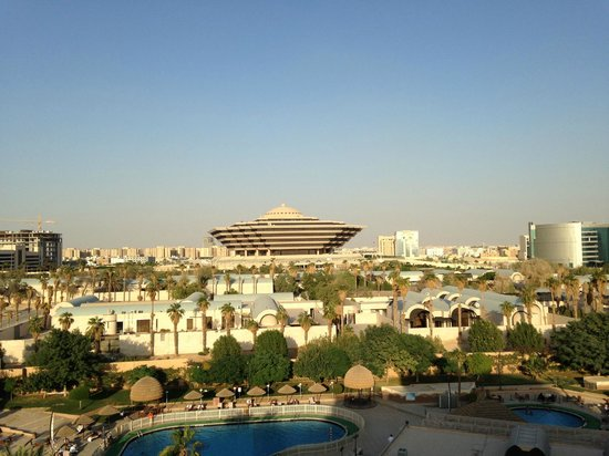 InterContinental Riyadh: Day view from the Executive Club lounge and some of the rooms
