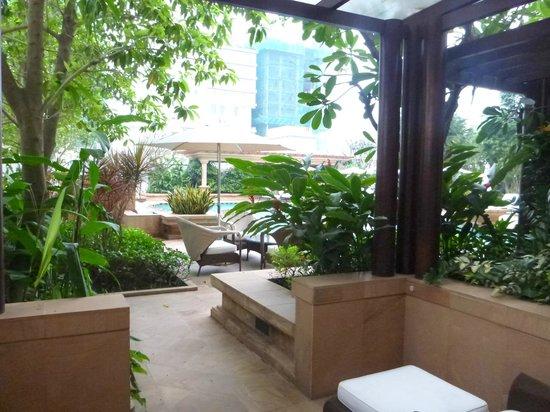 Park Hyatt Saigon: View from room to patio