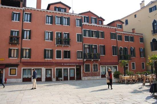 Palazzo del Giglio : devanture de l'hôtel