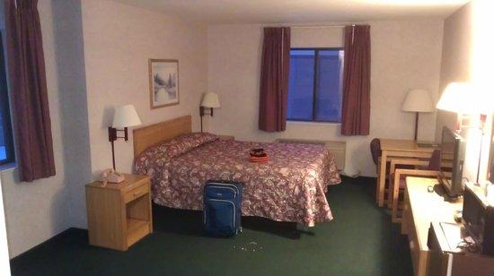 Silver Inn: Room 201