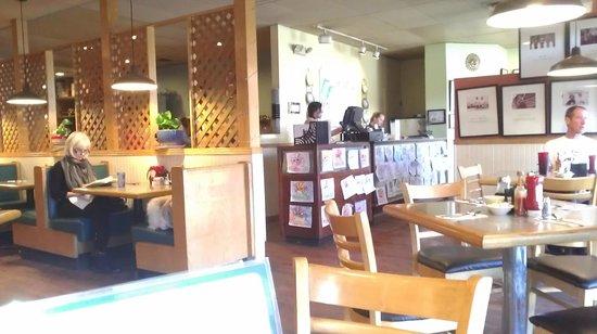 Sunshine Cafe: Back to front window.