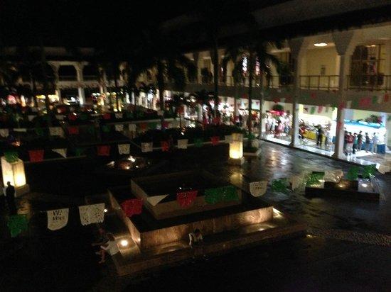 Grand Riviera Princess All Suites Resort & Spa: Fiesta market night