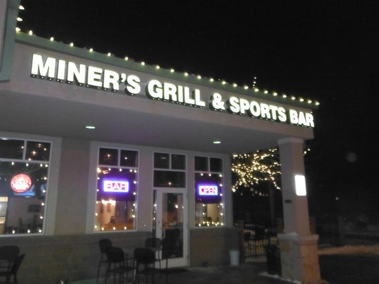 Miner's Grill and Sports Bar: Outside view
