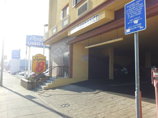 Super 8 San Bruno /SF Intl Arpt West: fachada