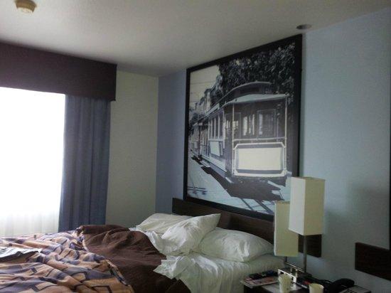 Super 8 San Bruno /SF Intl Arpt West: habitacion