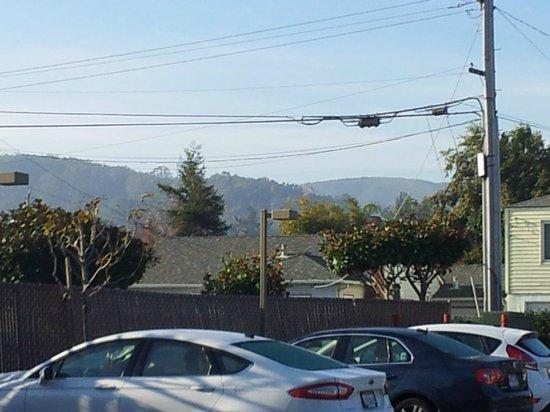 Super 8 San Bruno /SF Intl Arpt West: vista desde la habitacion