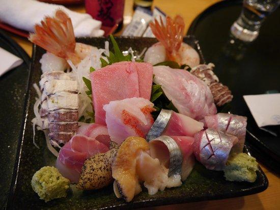 Hattazushi: A plate of assorted sashimi
