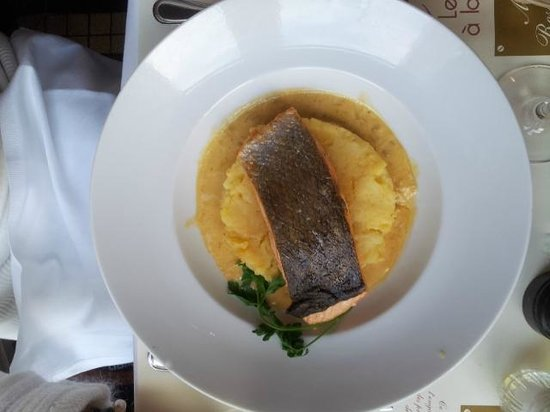 Le Boeuf a la mode : Atlantic Salmon