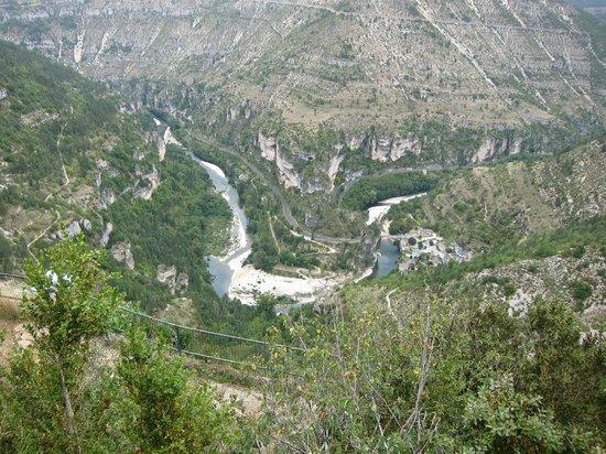 Hotel du Mont Aigoual : Si vous aimez les balades en voiture, ne manquez pas les gorges du Tarn.