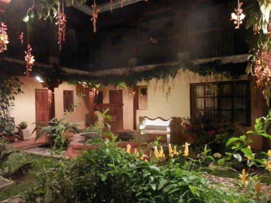 Hotel Los Pasos: Jardin